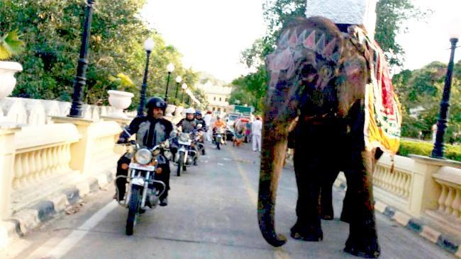 India en moto: La ruta de los Marajás