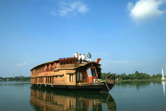Aventura navegando los backwaters de Kerala